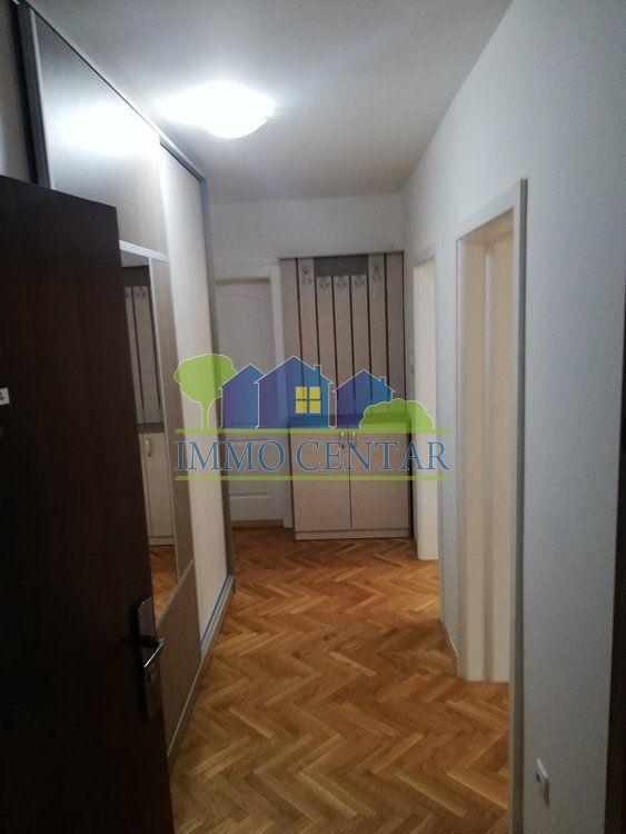 Novi Sad, Detelinara - Delimično namešten jednoipo